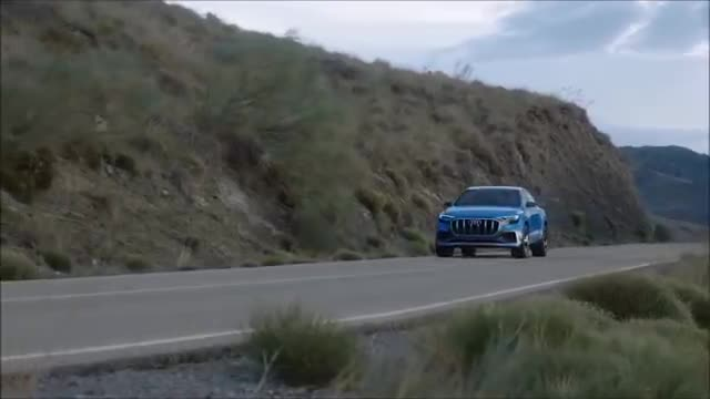 2019 Audi Q8 Vs 2019 BMW X7.mp4