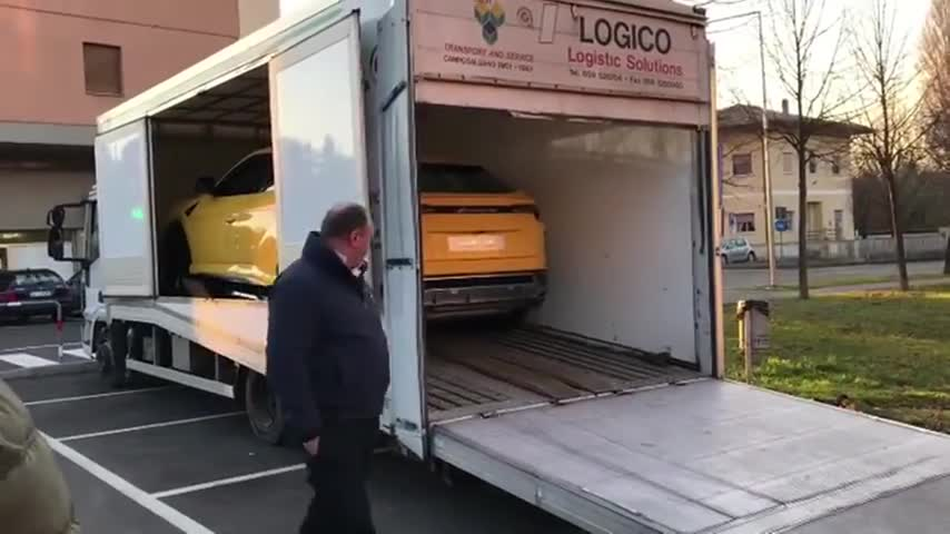 Lamborghini-Urus-FINALLY.mp4